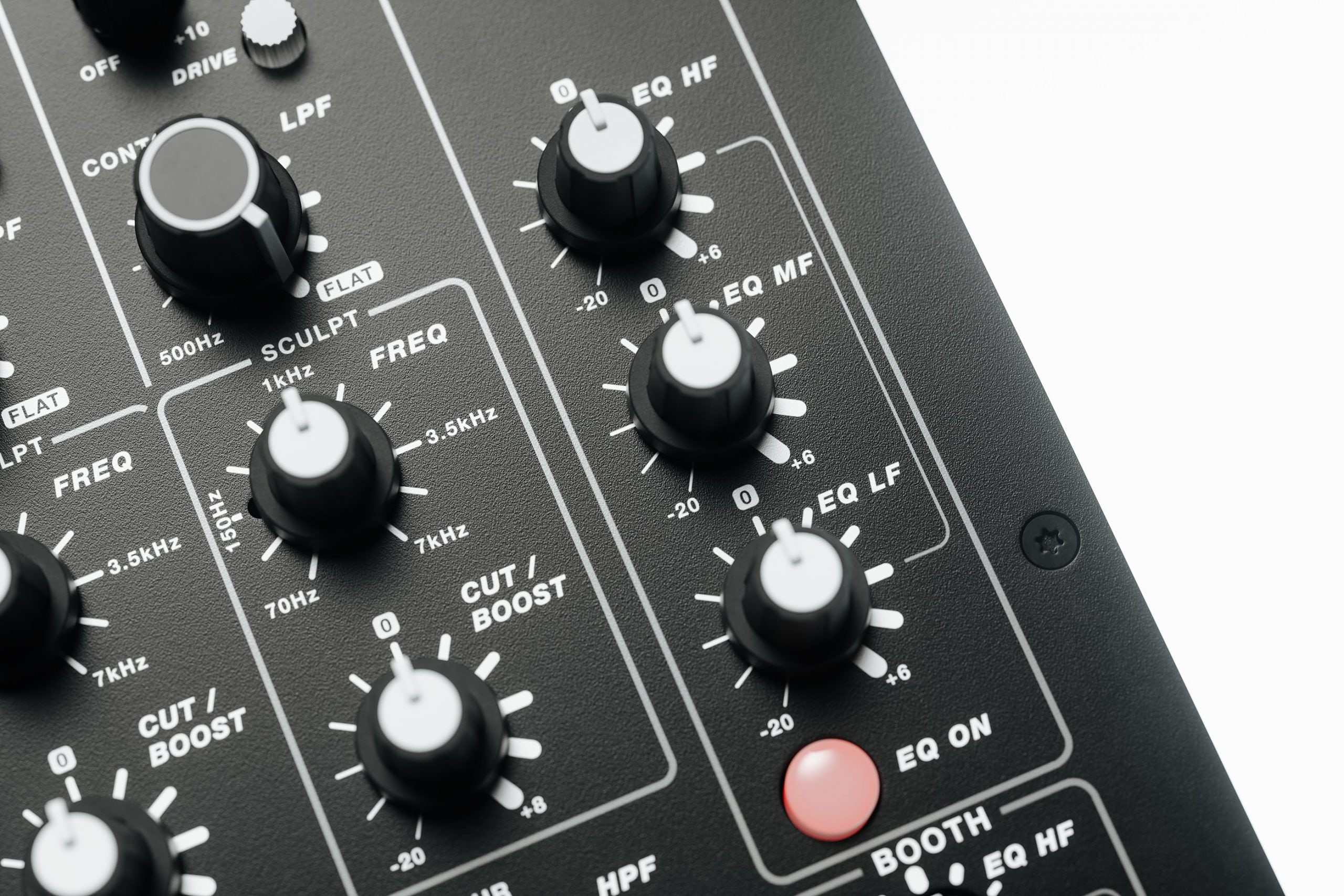 PLAYdifferently Releases MODEL 1.4  - 4-Channel Analogue DJ Mixer 2